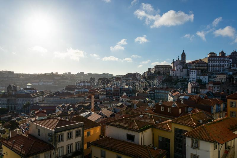Vista bonita a parte da cidade de Porto fotos de stock