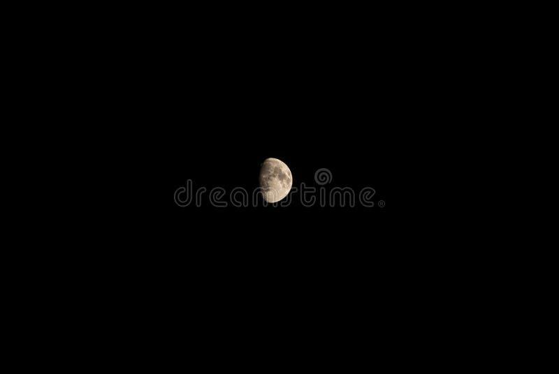 Vista cênico da lua na noite fotografia de stock