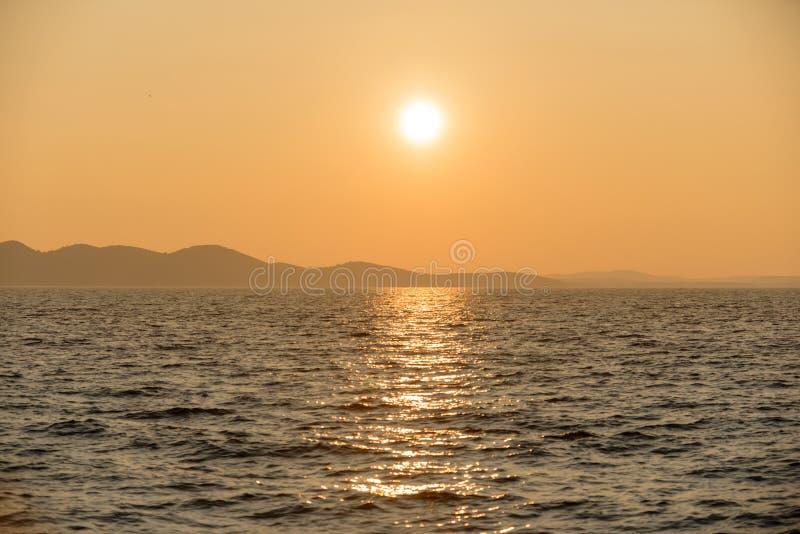 Vista cênico de uma ilha pequena foto de stock royalty free