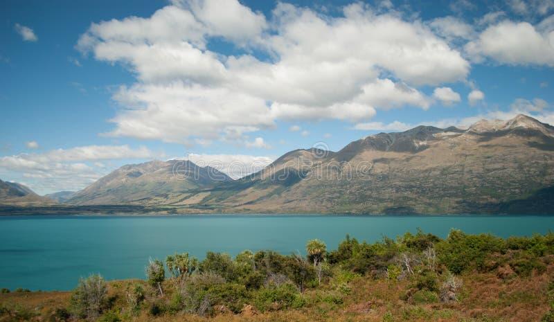 Vista cênico do lago Wakatipu, estrada de Glenorchy Queenstown, ilha sul, Nova Zelândia imagem de stock royalty free
