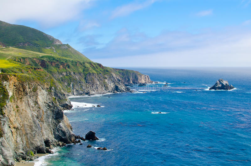 Vista cênico na rota 1 do estado de Califórnia imagem de stock