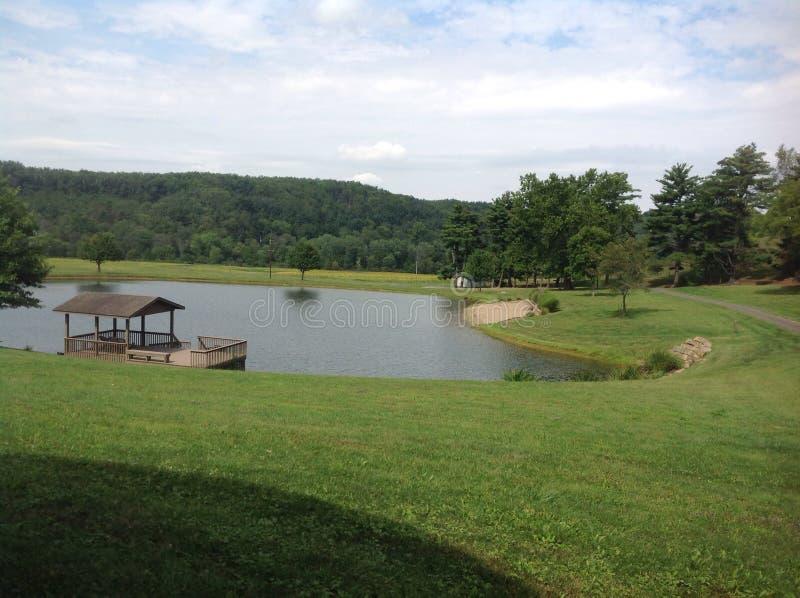 Vista calma del lago fotografia stock
