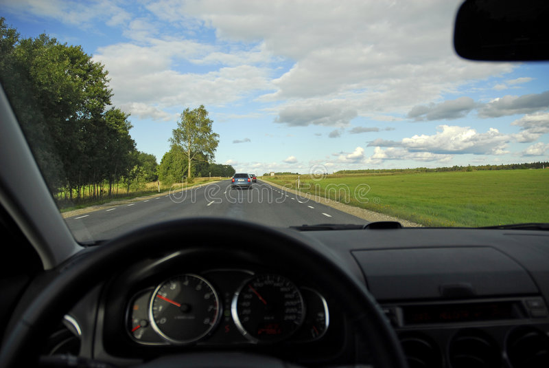 Vista In-car dell'autostrada senza pedaggio fotografia stock
