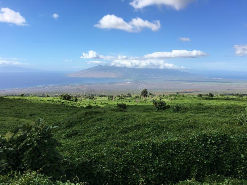 Vista che esamina giù la centrale, Maui fotografia stock libera da diritti