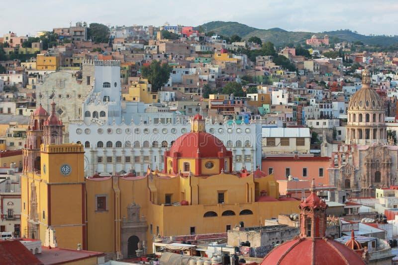 Vista colorida da cidade Guanajuato, México. imagens de stock