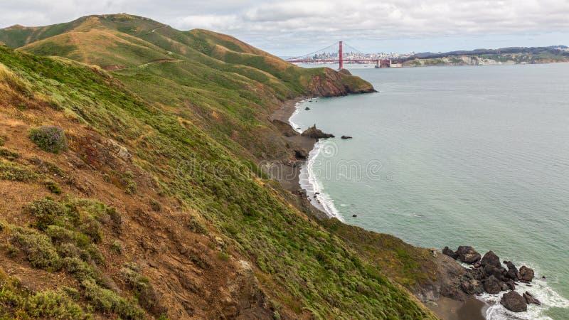Vista costera escénica de puente Golden Gate fotografía de archivo