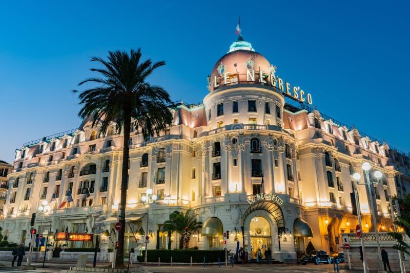 Vista crepuscolare dell'hotel famoso Negresco immagine stock libera da diritti