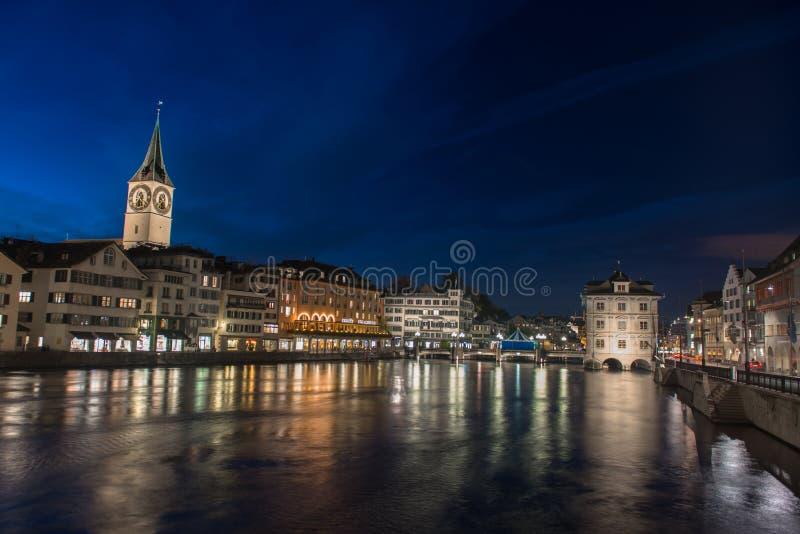 Vista crepuscolare di Zurigo fotografia stock