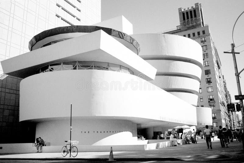 Vista d'annata del museo Guggenheim - NYC fotografie stock libere da diritti