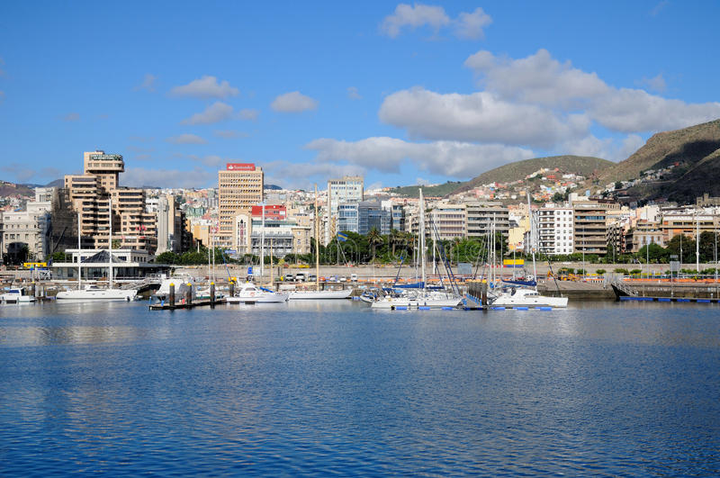 Vista da baía de Santa Cruz de Tenerife imagem de stock