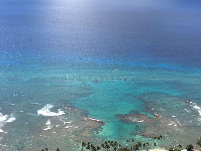Vista da baía de Wakiki, Havaí imagem de stock