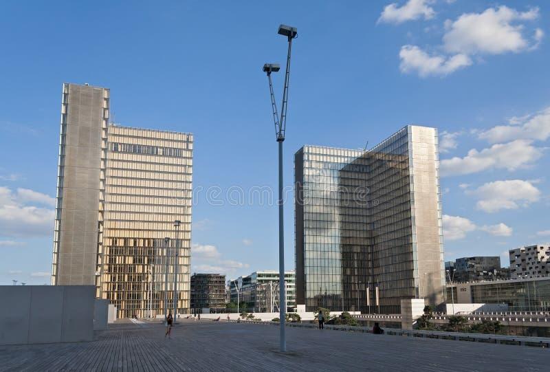 Vista da biblioteca nacional de França, Paris foto de stock royalty free