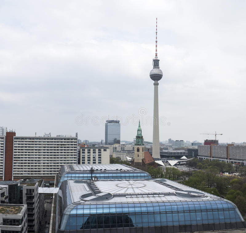 vista da catedral de Berlim, Alemanha fotos de stock royalty free