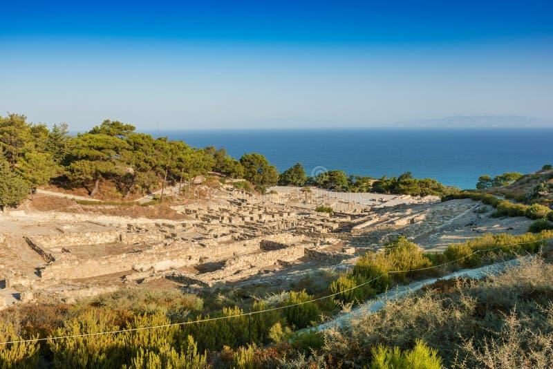 Vista da cidade antiga da ilha de Kamiros do Rodes, Grécia imagens de stock