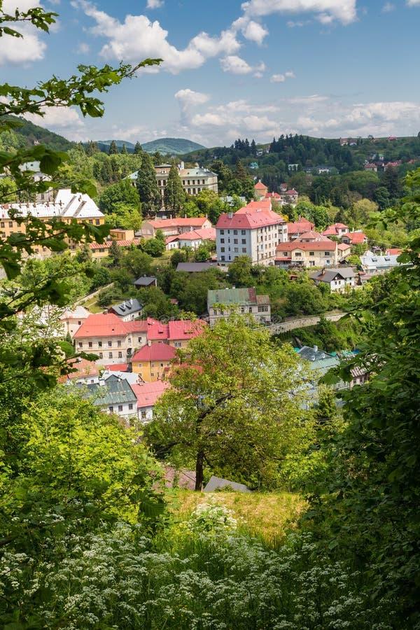 Vista da cidade Banska Stiavnica foto de stock royalty free
