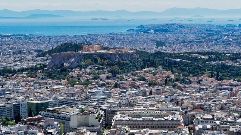 Vista da cidade de Atenas e da acr?pole de Mount Lycabettus, Gr?cia imagens de stock royalty free