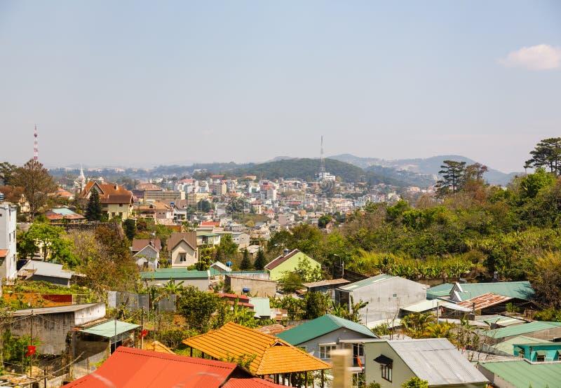 Vista da cidade de Dalat de uma altura fotografia de stock