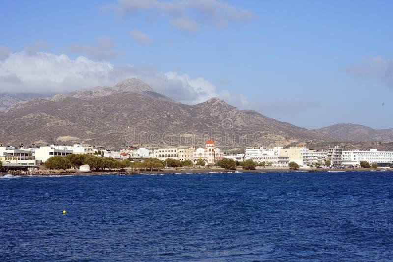 Vista da cidade de Ierapetra imagens de stock royalty free