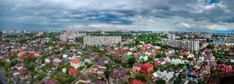 A vista da cidade de Krasnodar fotografia de stock