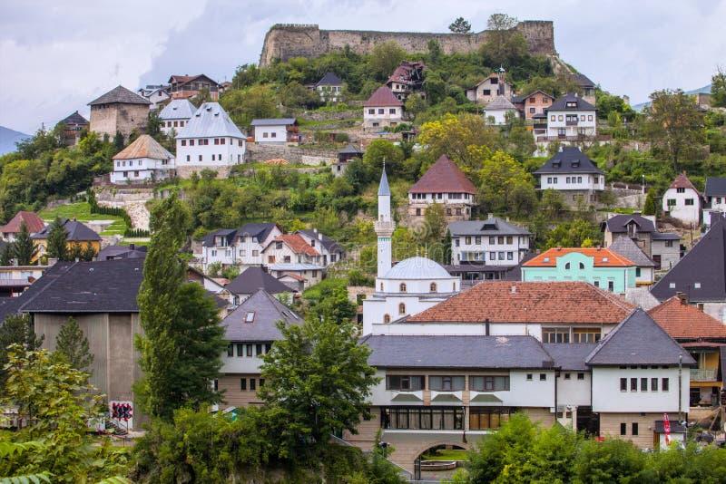 Vista da cidade Jablanica, Bósnia - Herzegovina foto de stock
