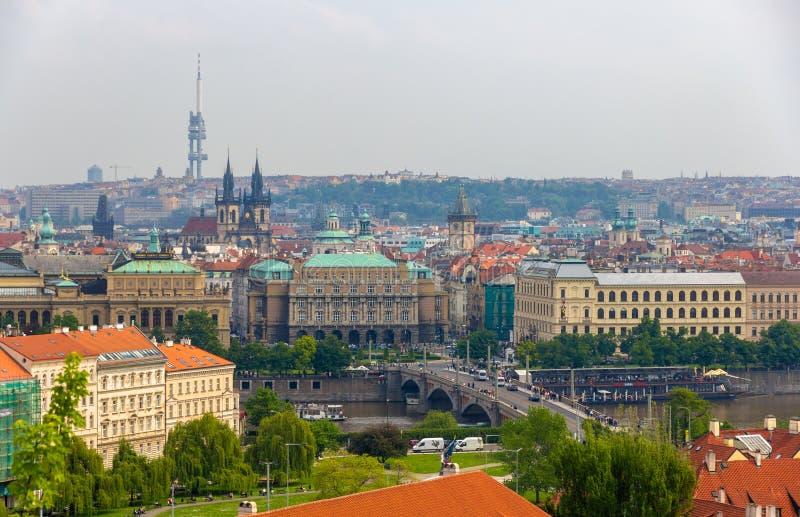Vista da cidade velha de Praga (olhar fixo Mesto) fotos de stock