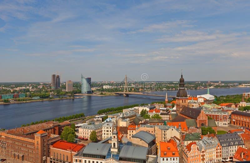 Vista da cidade velha Riga, Latvia foto de stock