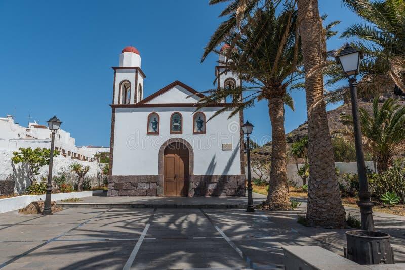 Vista da construção da igreja Ermita Nuestra Sra De las Nieves, Puerto de las Nieves, Las Palmas, Gran Canaria, Espanha imagem de stock royalty free