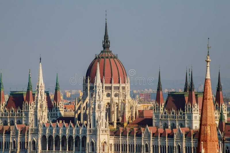 Vista da constru??o h?ngara do parlamento, Budapest, Hungria fotos de stock royalty free