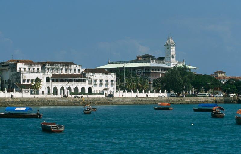 Vista da frente marítima da cidade de pedra, Zanzibar imagem de stock