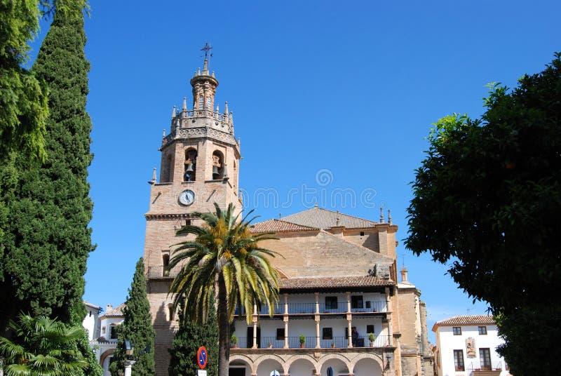 Vista da igreja na cidade velha, Ronda de Santa Maria, Espanha fotografia de stock royalty free