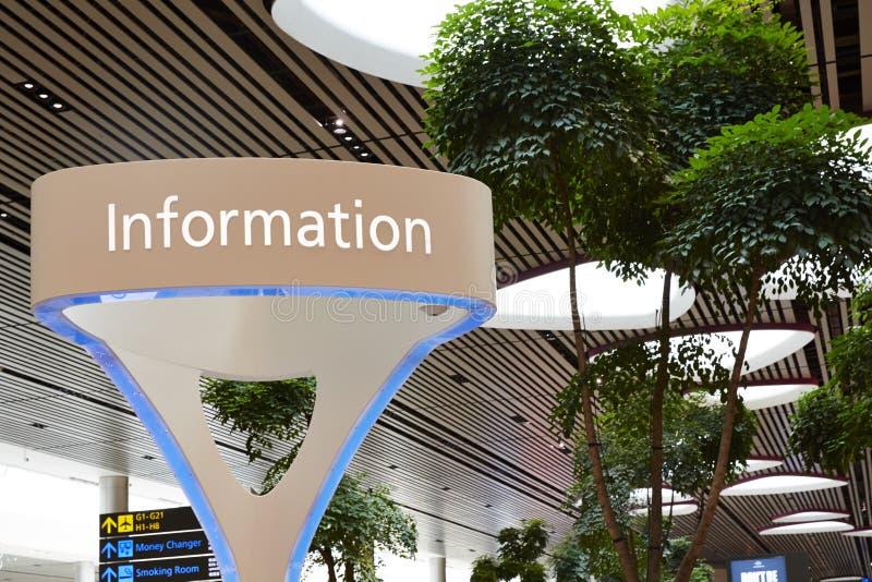 Vista da informação, aeroporto internacional de Singapura Changi imagens de stock royalty free