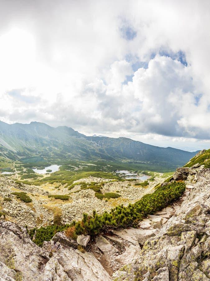 Vista da Krab in montagne di Tatra, Polonia, Europa fotografie stock libere da diritti