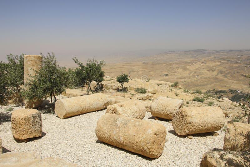 Vista da montagem Nebo em Jordânia onde Moses viu à promessa foto de stock