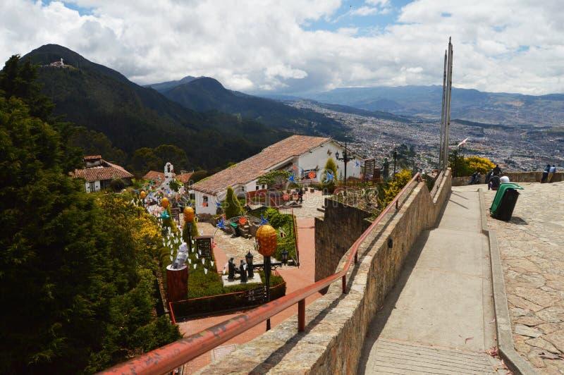 Vista da montanha de Monserrate em Bogotá, Colômbia fotografia de stock royalty free