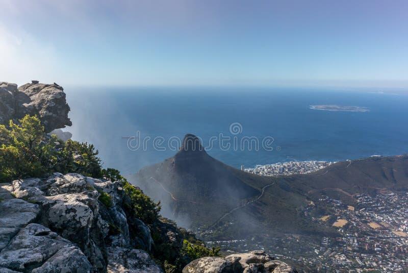 Vista da montanha e do Cape Town de Lion Head da parte superior imagem de stock