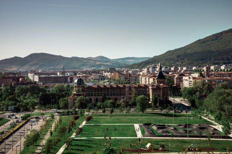 Vista da nova parte da cidade de Pamplona, na Espanha fotos de stock royalty free