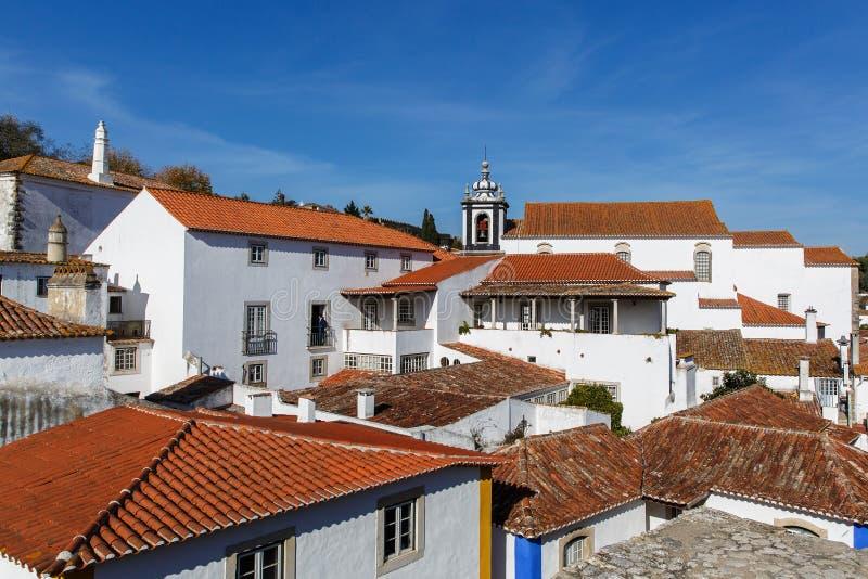 Vista da parede da cidade da vila bonita de Obidos, Portugal foto de stock royalty free
