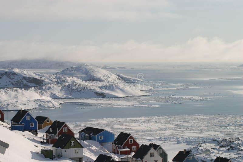 Vista da parte superior de nossa mola adiantada da cidade pequena fotos de stock