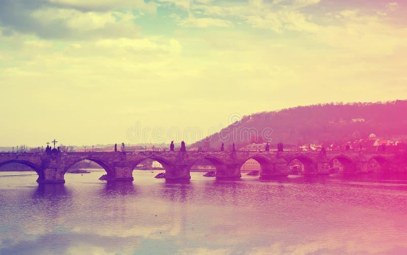 Vista da ponte de Charles fotografia de stock