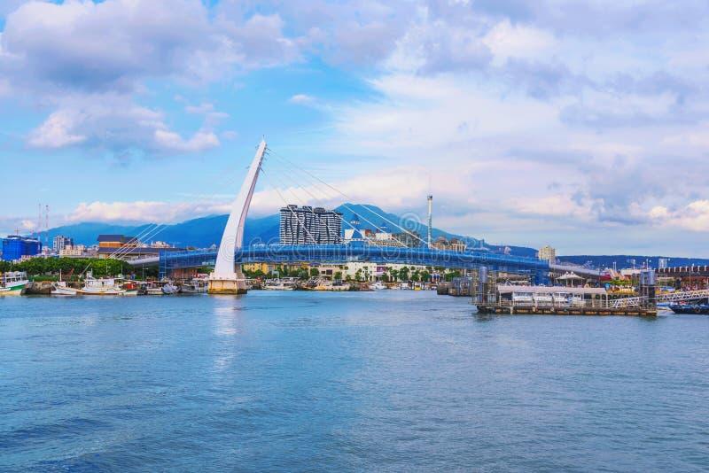 Vista da ponte do ` s do amante em Tamsui imagem de stock