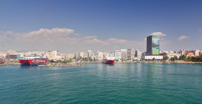 Vista da porta de Piraeus, Greece imagens de stock