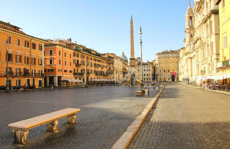 Vista da praça Navona do quadrado de Navona em Roma, Itália foto de stock royalty free