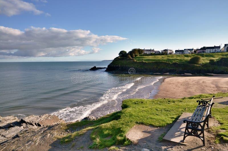 Vista da praia de Aberporth, Ceredigion, Wales. fotos de stock royalty free
