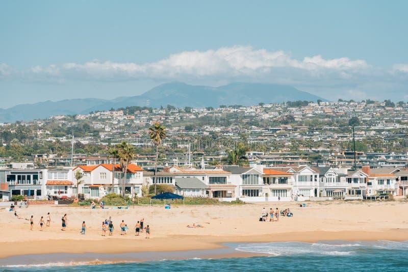 Vista da praia do cais do balboa na praia de Newport, Califórnia fotos de stock royalty free