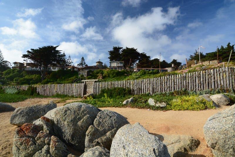 Vista da praia Museu da casa do de Isla Negra da casa de Pablo Neruda Isla Negra chile fotografia de stock royalty free
