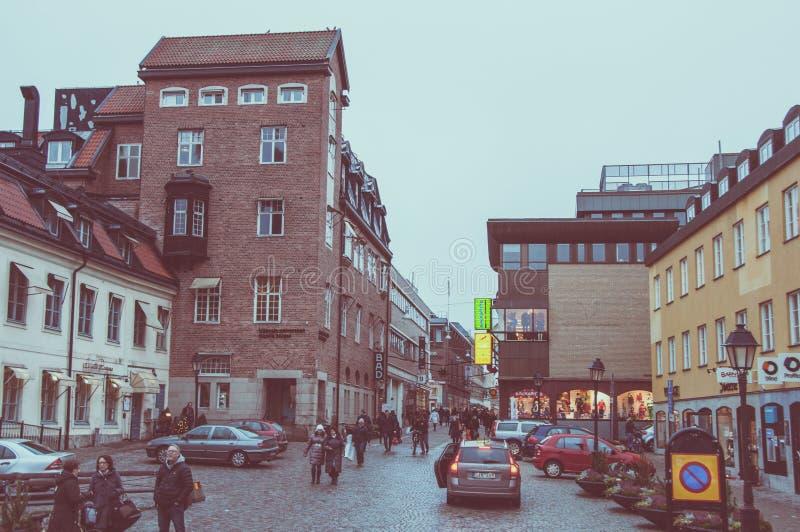 Vista da rua central do inverno em Upsália foto de stock royalty free