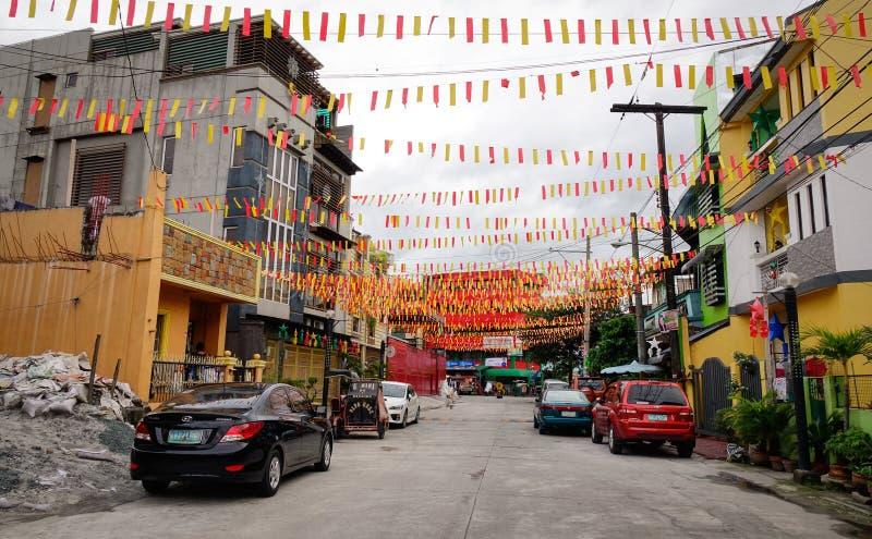 Vista da rua na cidade de Quezon em Manila, Filipinas imagem de stock royalty free