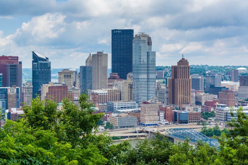 Vista da skyline de Pittsburgh e do rio de Monongahela, da montagem Washington, Pittsburgh, Pensilv?nia fotos de stock royalty free