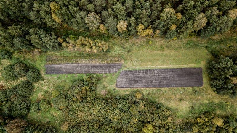 Vista da terra do quadrocopter Opinião do olho do ` s do pássaro fotos de stock royalty free