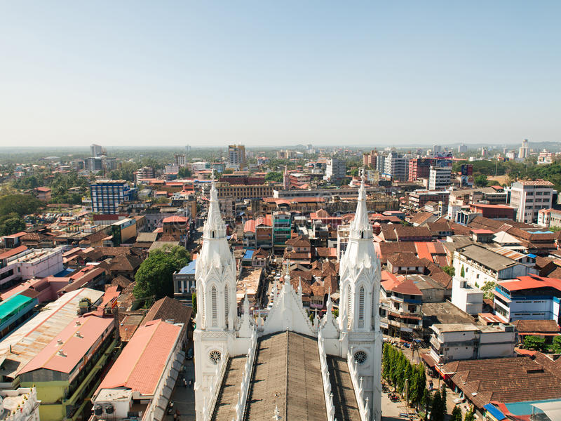 Vista da torre da Bíblia na cidade de Thrissur imagem de stock